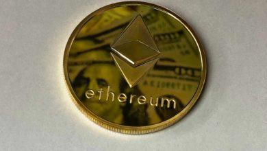 banknote blockchain change 730552 390x220 - اتریوم از سوی SEC به عنوان ارز قانونی شناخته شد